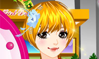 Online free browser game: Candy Store Girl Dress Up